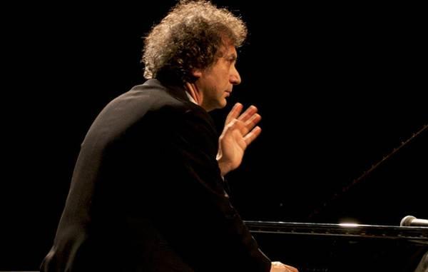 Roberto Cacciapaglia concert
